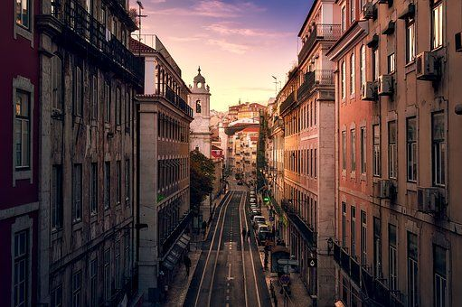 Moving to Lisbon from the USA