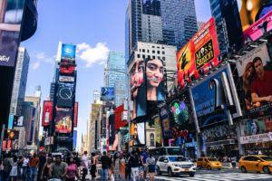 busy New York street