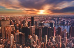 The beautiful sunset scenery, with the overview to a set of typical New York buildings is something that would attract everyone who is thinking about moving to NYC.