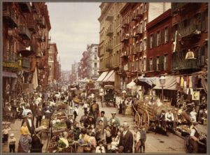 A 1830's photo of people moving to the Big Apple for work.