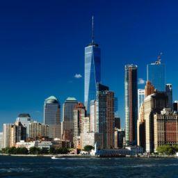A set of New York buildings near a bay on a daylight.