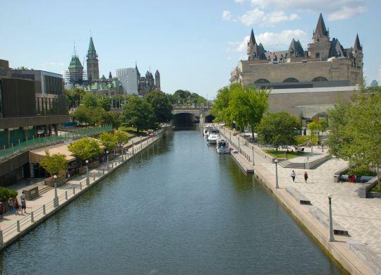 River passing through Ottawa.